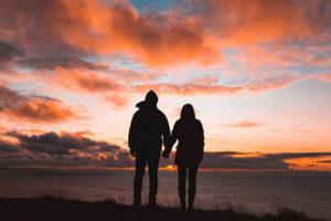 Posicionamiento web e inbound marketing, pareja bien avenida